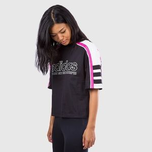 Adidas OG black and pink tee NWT Size Lg